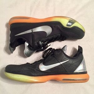 Men's Kobe Nike Basketball Shoes